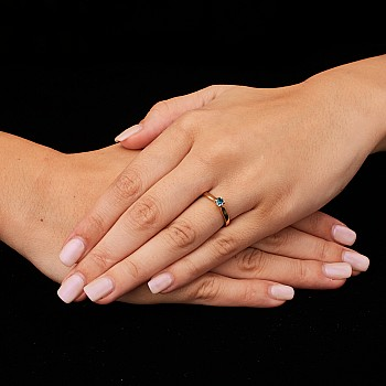 Inel de logodna i122089Db din Aur sau Platina cu Diamant Albastru