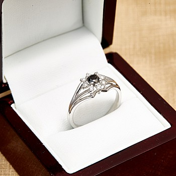 Inel de logodna i006DnDi din Aur sau Platina cu Diamant Negru si Diamante
