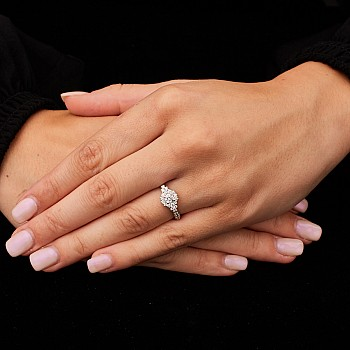 Inel de logodna din Platina cu Diamante p1226501DiDi - Signature