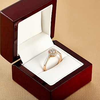 Inel de logodna i030didi din Aur cu Diamant certificat GIA