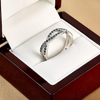 Inel Cadou i501db din Aur cu Diamante Albastre