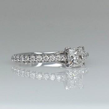 Inel de logodna i1224551DipDi din Aur sau Platina cu Diamant Princess si Diamante - GIA