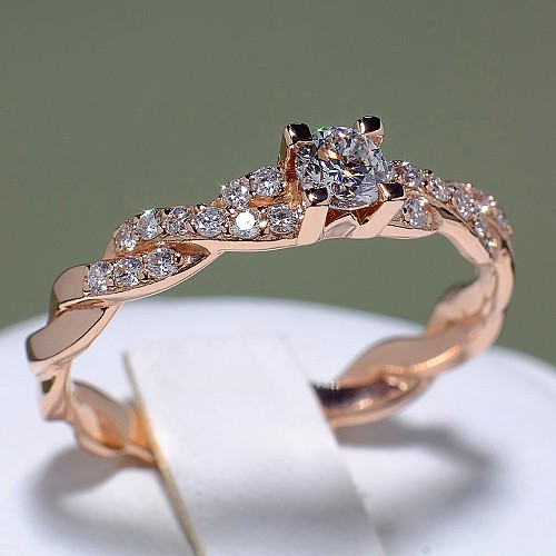 Gold or Platinum engagement ring with Diamonds i493DiDi