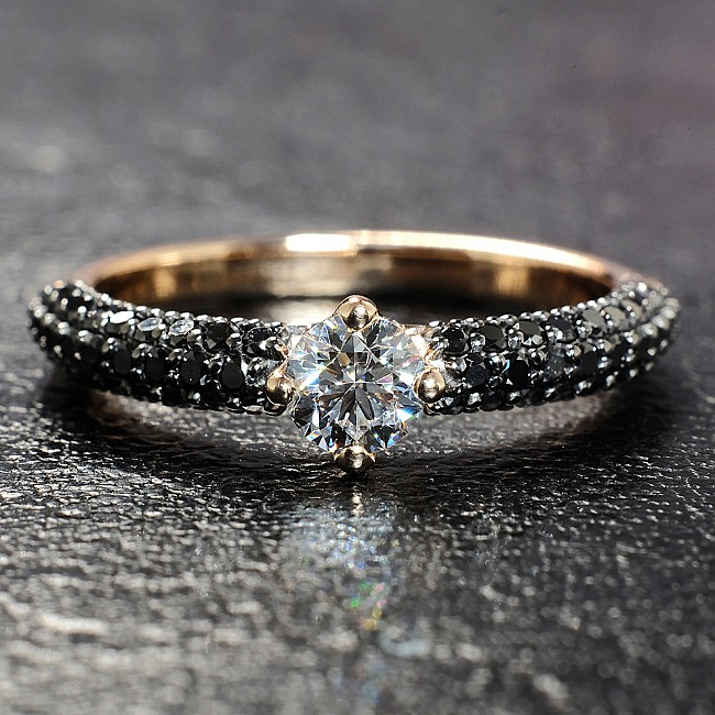 Gold or Platinum engagement ring with Diamond and Black Diamonds i906DiDn - GIA