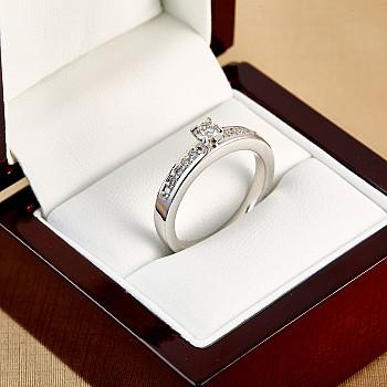 Inel de logodna i2321DiDi din Aur sau Platina cu Diamante