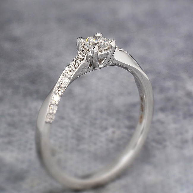 Gold or Platinum Engagement ring with Diamonds i588didi - GIA