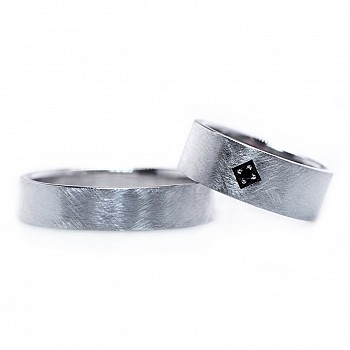 Wedding Bands v0221 with Black Diamond from Gold or Platinum