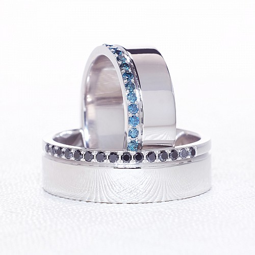 Gold or Platinum wedding rings with Blue and Black Diamonds v038