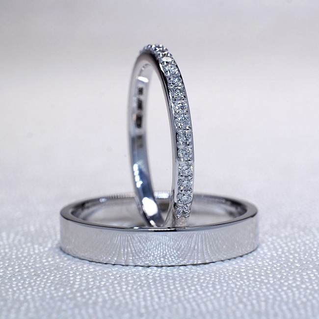 Gold or Platinum wedding rings with Diamonds v110