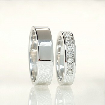 Gold or Platinum wedding rings with Diamonds v141