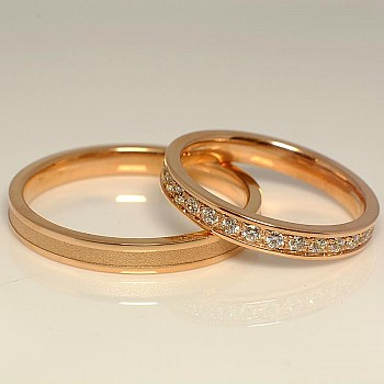 Gold wedding rings with Diamonds v853