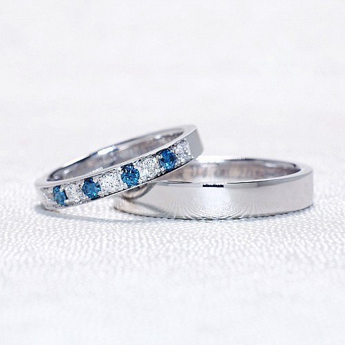 Gold or Platinum wedding rings with Diamonds v857